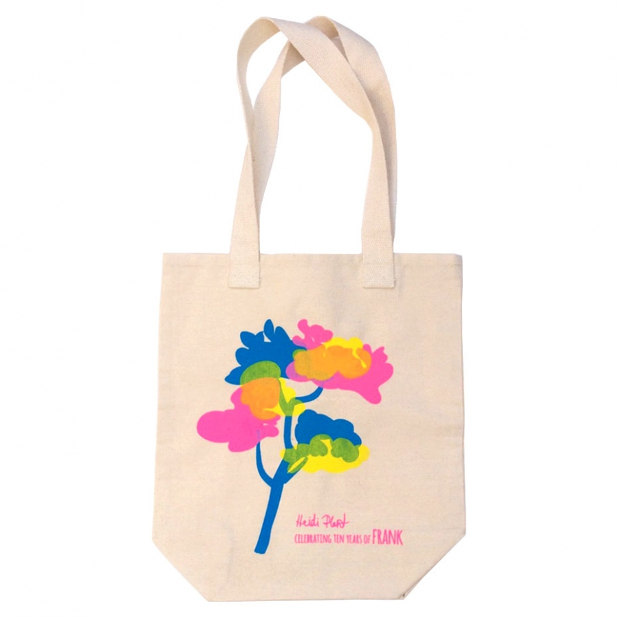 Heidi Plant bag on white